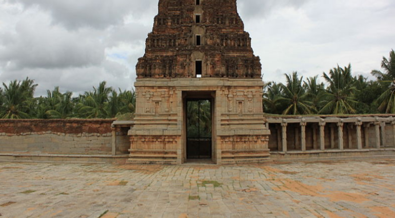 Pattabhirama Temple, Pattabhirama Temple Timing, History of Pattabhirama Temple, Pattabhirama Temple Hampi, Information of Pattabhirama Temple Hampi, punyadarshan, famous indian temple, Indian temple