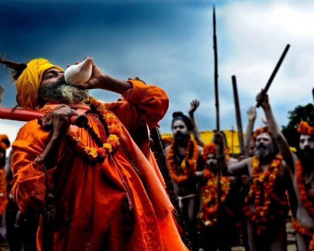 12 वर्षों में कुम्भ मेले का आयोजन, 2019 कुंभ मेले की शाही स्नान की तारीख, 2019 कुंभ मेले शाही स्नान, celebration, darshan, dham, festival, hindu temple, India, Lord Krishna, Lord Shiva, mandir, punya, Punyadarshan, Religious, Sabarimala, Spirituality, Temple, tour, Tourism, Travel, अमृत कलश, कुम्भ, कुम्भ 2019, कुम्भ का अर्थ, कुम्भ का अर्थ और इतिहास, तीर्थयात्राओं, नासिक, पवित्र कुंभ स्नानकर्म, पेशवाई, प्रयागराज, प्रयागराज कुंभ, प्रयागराज कुम्भ 2019, प्रयागराज कुम्भ महत्त्व, मकर संक्रांति, शाही स्नान, हरिद्वार