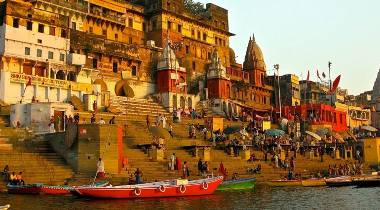 punyadarshan, punya, darshan, India, dham, mandir, Ghats at Varanasi Uttar Pradesh, Ghats at Varanasi, Varanasi, Uttar Pradesh, Assi Ghats at Varanasi Uttar Pradesh, Assi Ghats at Varanasi, Dasaswamedh Ghats at Varanasi Uttar Pradesh, Dasaswamedh Ghats at Varanasi, Ganga Mahal Ghats at Varanasi Uttar Pradesh, Ganga Mahal Ghats at Varanasi, Harishchandra Ghats at Varanasi Uttar Pradesh, Harishchandra Ghats at Varanasi, AboutGhats at Varanasi Uttar Pradesh, Harishchandra Ghats, Ganga Mahal Ghats, Dasaswamedh Ghats, Assi Ghats, Manikarnika Ghat