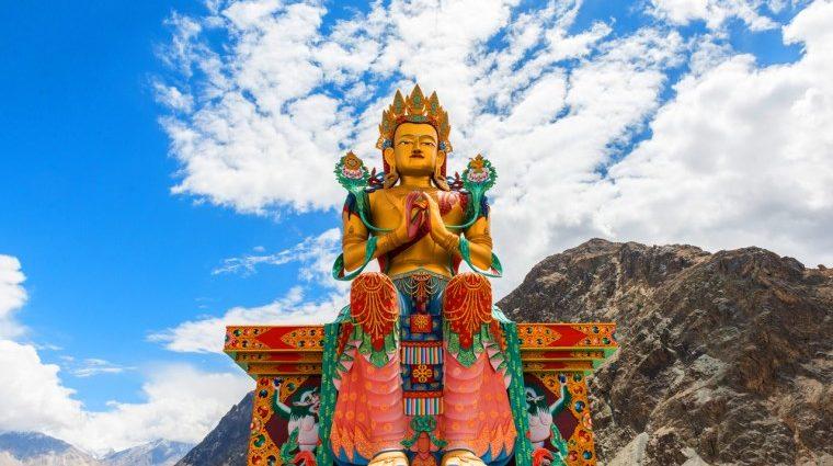 punyadarshan, punya, darshan, India, dham, mandir, Red Maitreya Temple in Leh, Red Maitreya, Red Maitreya Temple, History of Red Maitreya Temple in Leh, History of Red Maitreya Temple, Temple in Leh, The significance of the Red Maitreya Temple, How to reach Red Maitreya Temple, Buddha, Maitreya Buddha Statue, statue of Maitreya Buddha, Buddhist temple in Leh